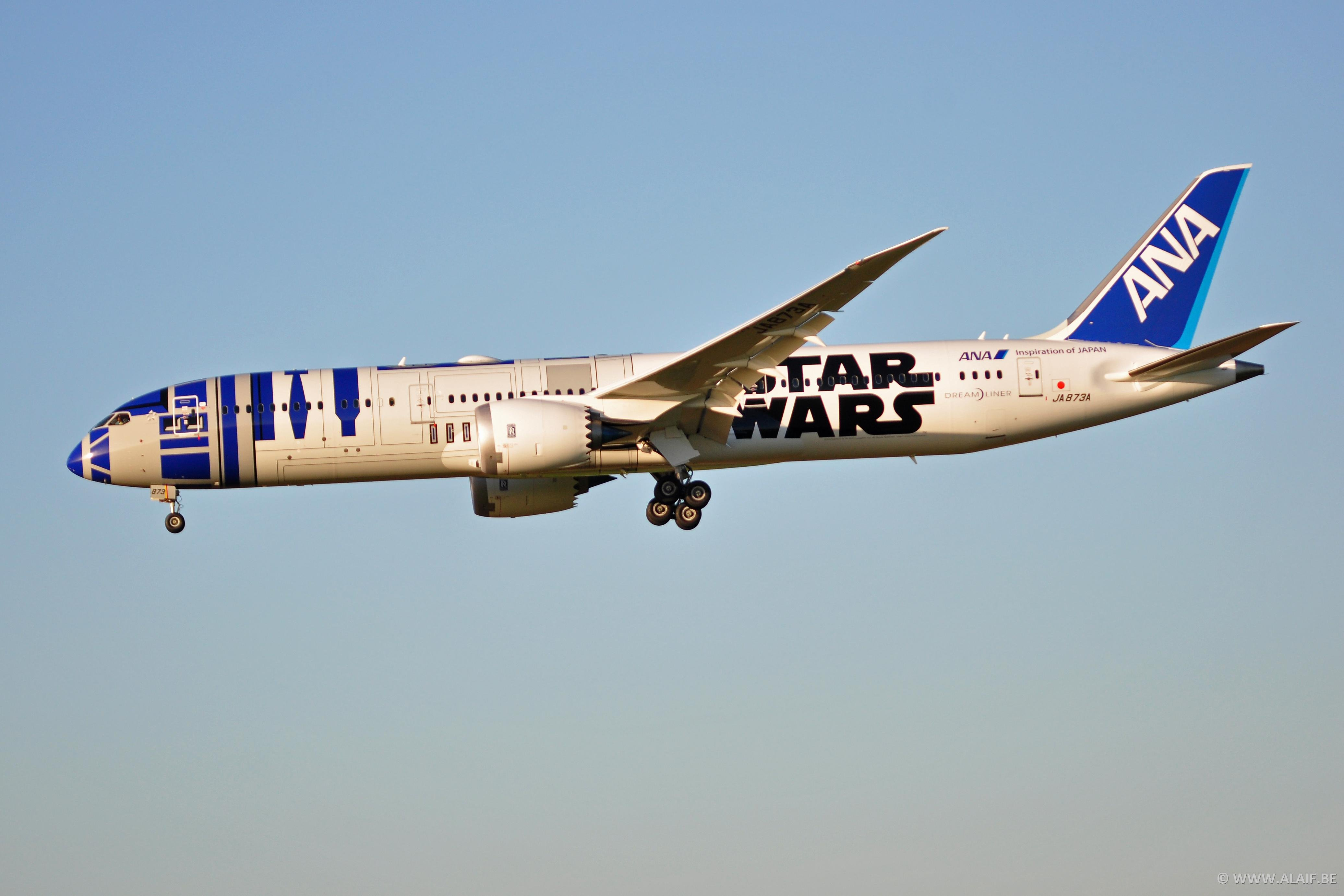 All Nipon Airlines - B 787 - Star Wars